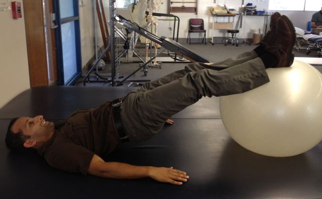 Manu Kalia Cure runners knee pain with exercises