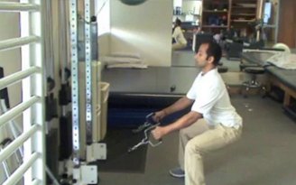 how to avoid knee pain when squatting